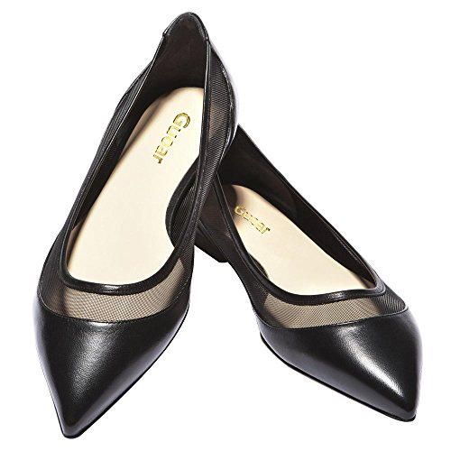 Shoesissima – Women's shoes up to a UK size 12, which is a US size Shoes of Prey – Women's shoes see url custom-made up to a size Prices range from $ to $